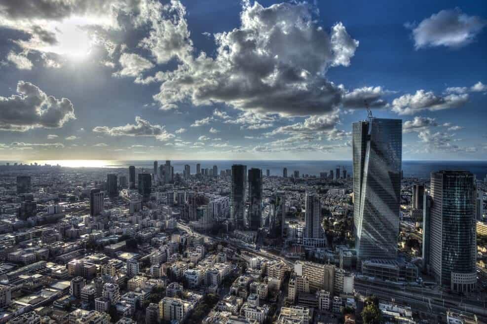 התחדשות עירונית בתל אביב // shutterstock