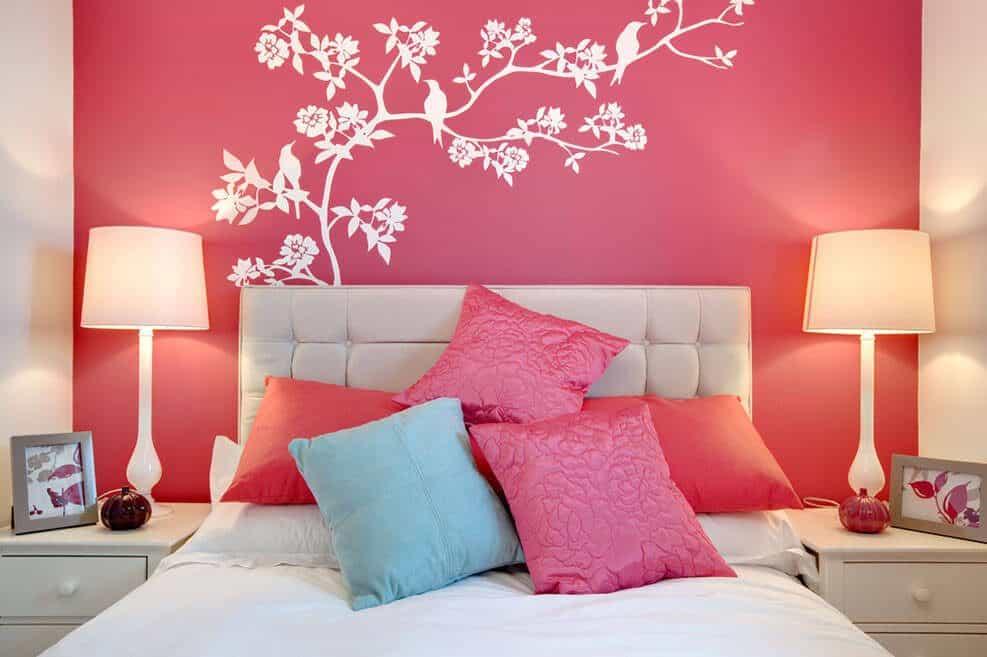 להחזיר את הרומנטיקה לחדר השינה // shutterstock