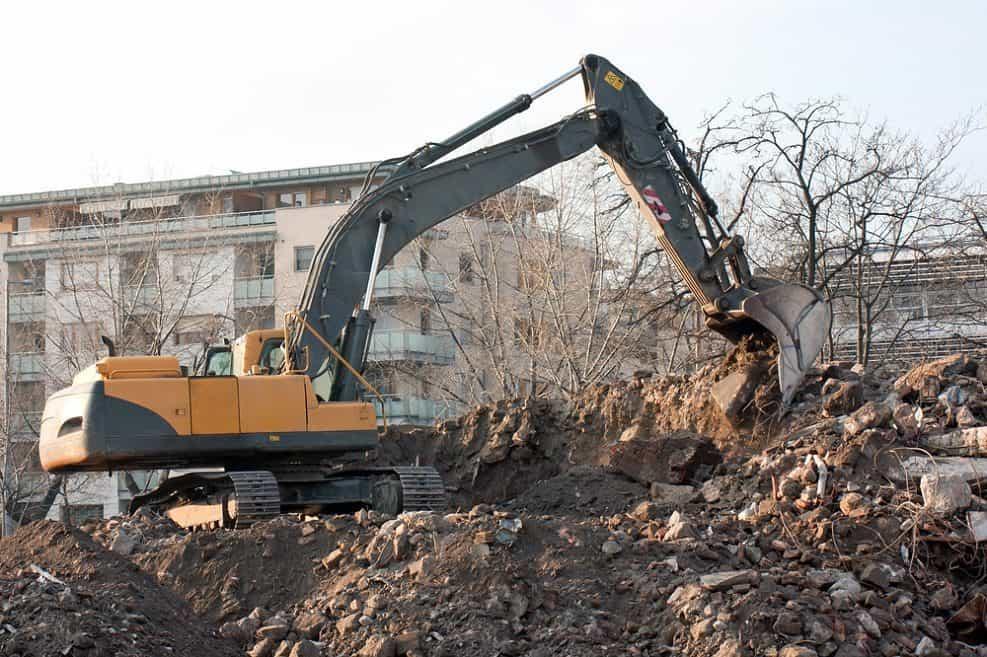 האם המשרד להגנת הסביבה יצליח למנוע השלכת פסולת בנייה בשטחים הפתוחים?