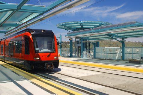 שבע קבוצות עברו את המיון המוקדם במכרז לרכבת הקלה בירושלים // depositphotos