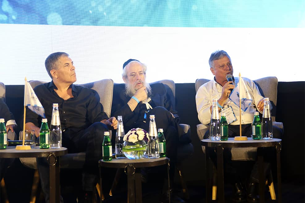 אביטן, חנוך זייברט, דורון נויוירט // צילום: מיכל מסינג