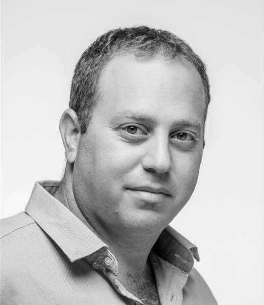 גלעד לוקר // צילום אסף הבר