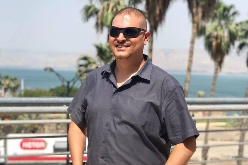"""אסף אמר יו""""ר נציגות הדיירם במתחפ פינוי בינוי נווה ישראל בהרצליה"""