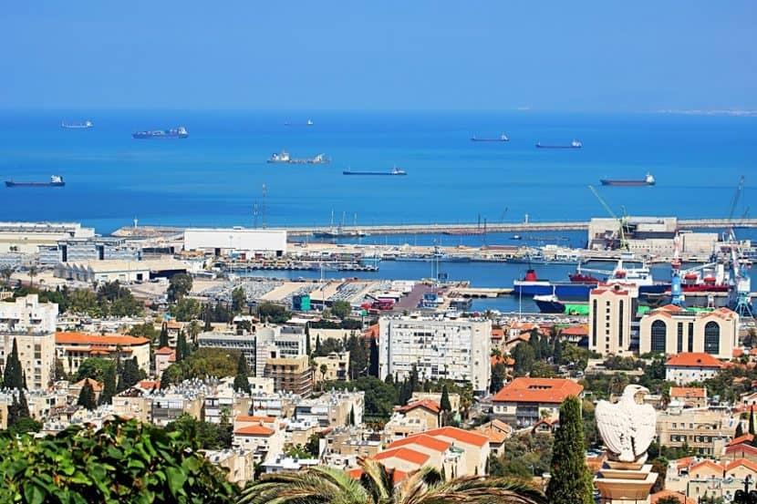 אילוסטרציה: נמל חיפה // depositphotos