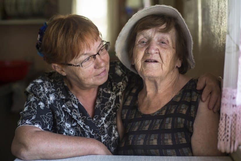 חלופות דיור לקשישים // depositphotos