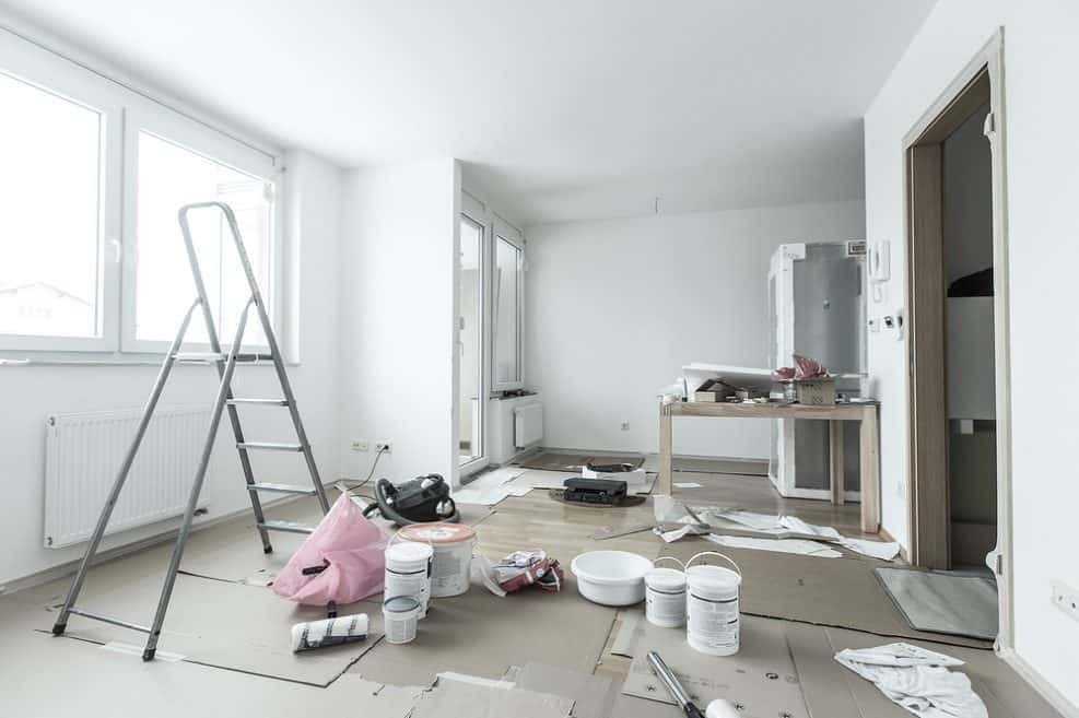 שיפוץ דירות בדיור הציבורי // depositphotos