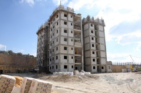 בנייה בשכונה החדשה במגדל העמק // צילום: בארי אורן