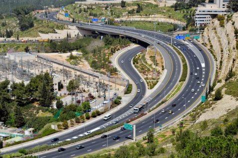 אילוסטרציה: כבישי ירושלים // depositphotos