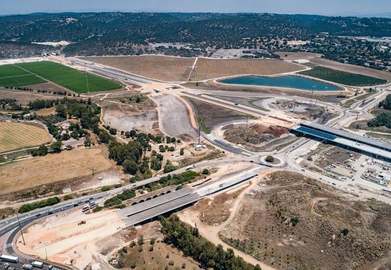 העבודות על המחלף // צילום: חברת חוצה ישראל