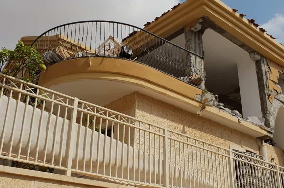פגיעת טיל בבית בבאר שבע // צילום: טלי חדד