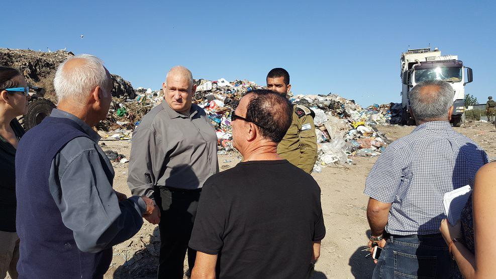 במרכז, מנכל המשרד להגנת הסביבה צילום דוברות המשרד להגנת הסביבה