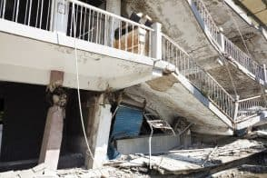 """דיירי בניין שנבנה ללא היתר בנייה לא יזכו לתמ""""א 38 // depositphotos"""