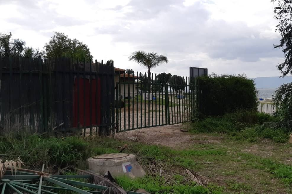 גדר צפונית קיבוץ עין גב, צילום אלי גבאי