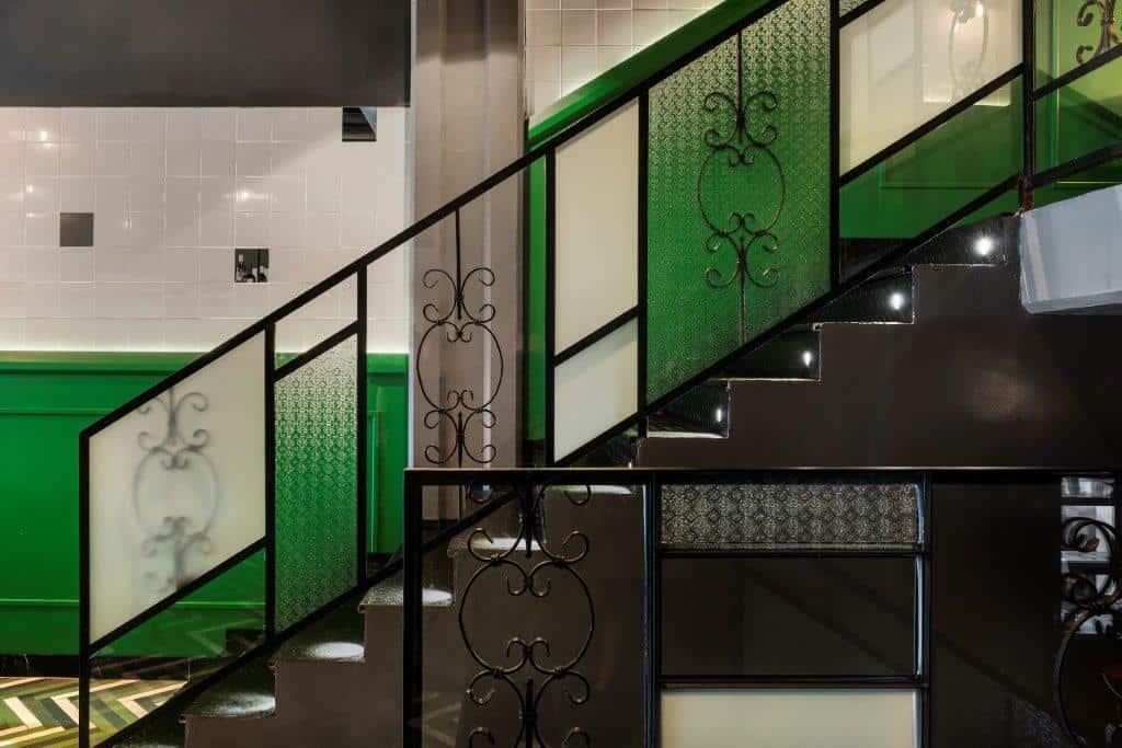 גרם המדרגות // צילום: עודד סמדר