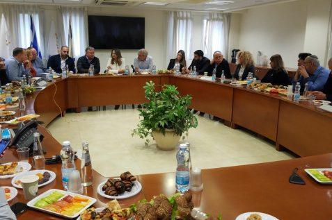 יפעת שאשא השתתפה היום בישיבת הנהלה ראשונה עם בכירי המשרד // צילום לעמ