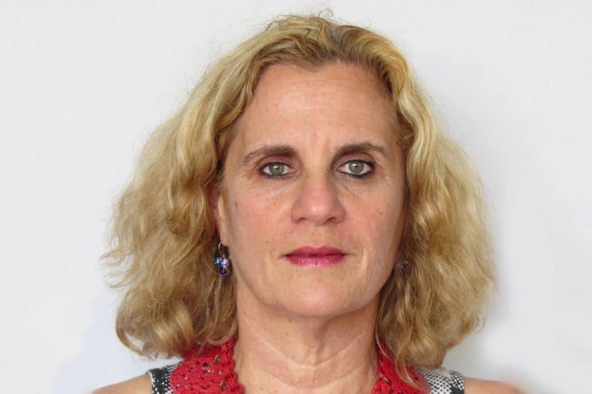 מירה בורנשטיין // צילום פוטושופ אבן גבירול תל אביב