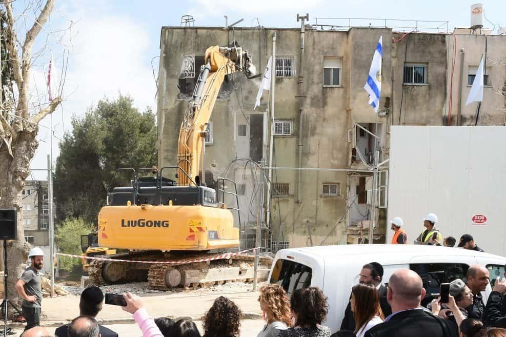 ההריסה הראשונה בקרית יובל // צילום: נעמי זידמן