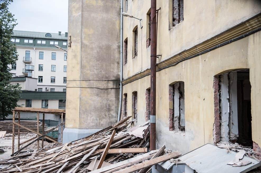 משרד הבינוי והשיכון יקצה 12 מיליון שקל לשיפוץ בניינים // depositphotos