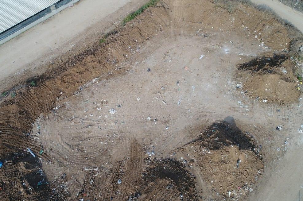 אתר הפסולת הפיראטי בחוף אשקלון אחרי // קרדיט צילום: המשטרה הירוקה, המשרד להגנת הסביבה