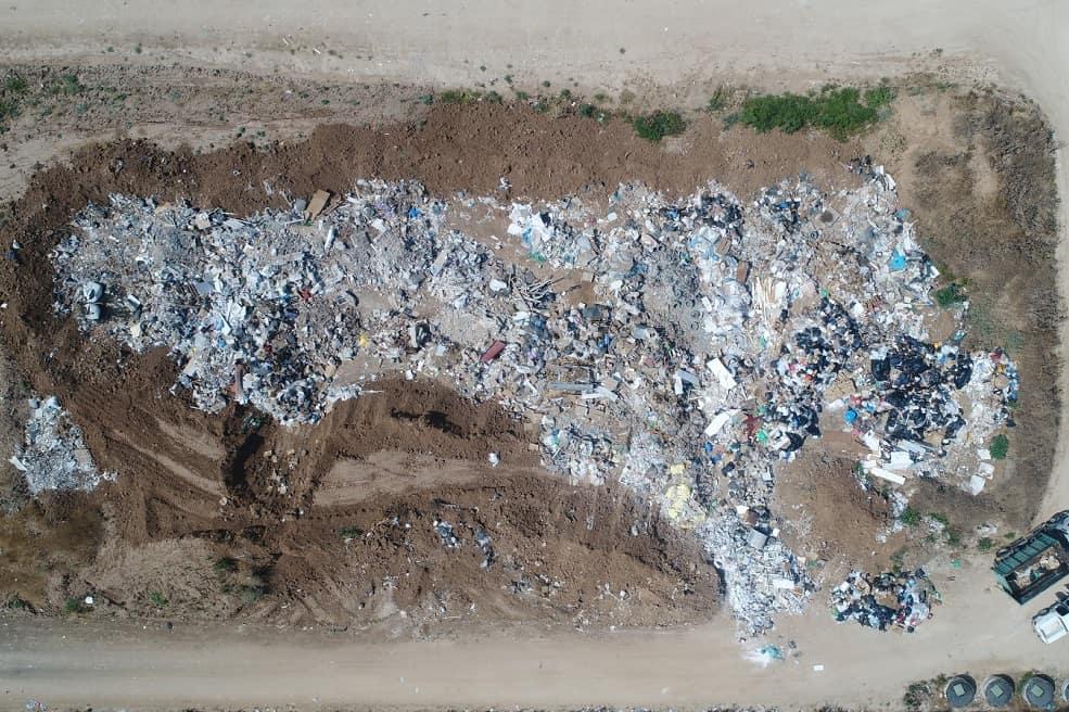 אתר הפסולת הפיראטי בחוף אשקלון לפני // קרדיט צילום: המשטרה הירוקה, המשרד להגנת הסביבה