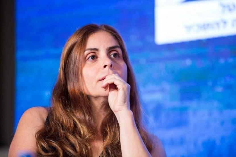 """שירה תלמי בכנס """"ישראל מתחדשת"""" // צילום: דרור סיתהכל"""
