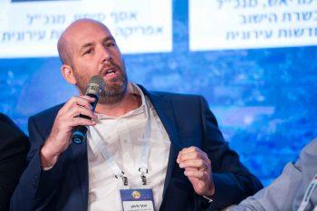 אסף סימון // צילום: דרור סיתהכל
