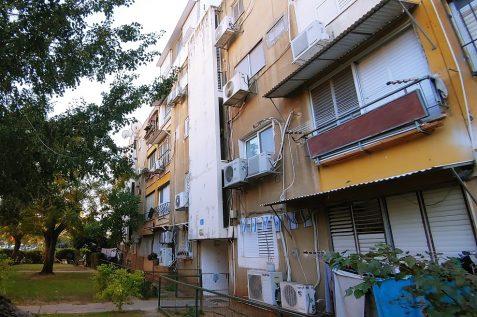 הבניינים ברח' זלמן שניאור // רונן דמארי