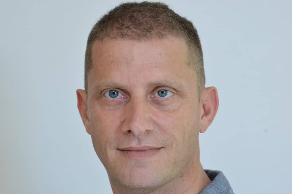 """איציק בן שוהם מייסד ויור בנייני העיר הלבנה // יח""""צ"""
