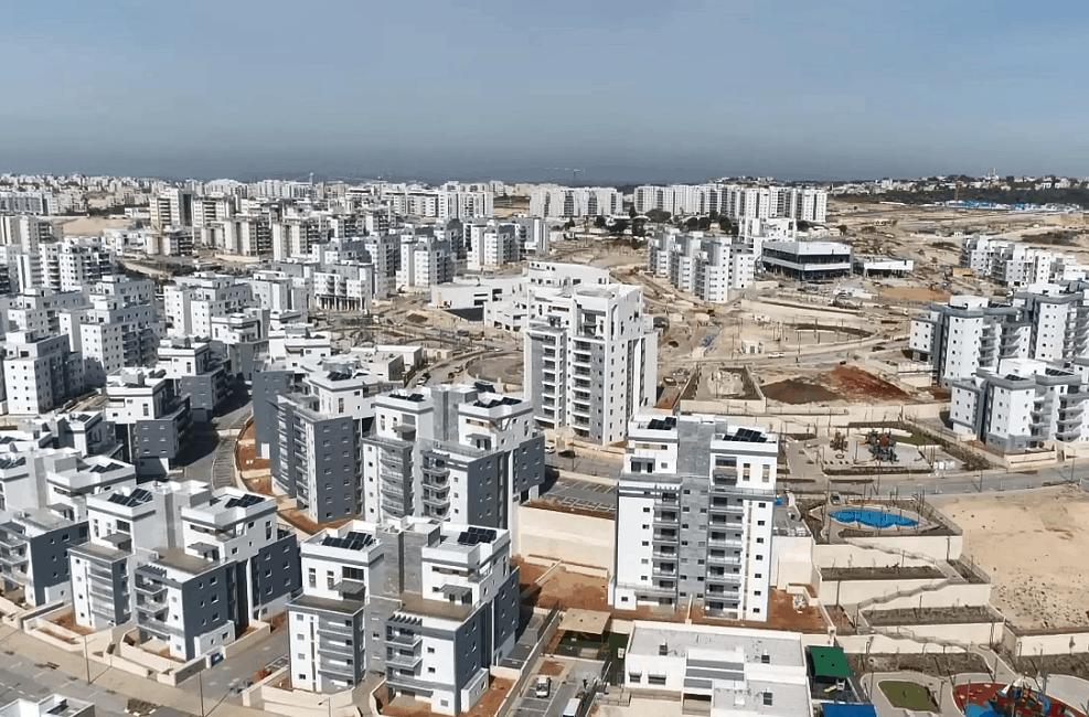 שכונת בצותא בחריש של שפיר מגורים // רודי אלמוג