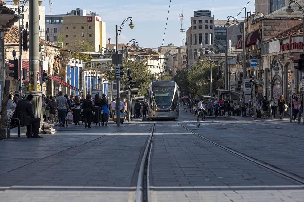 רחוב יפו, ירושלים // Depositphotos