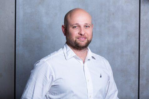 אלון וייזברג // רז רוגובסקי