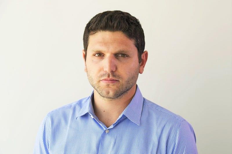 דניאל נמרודי // רובי קסטרו