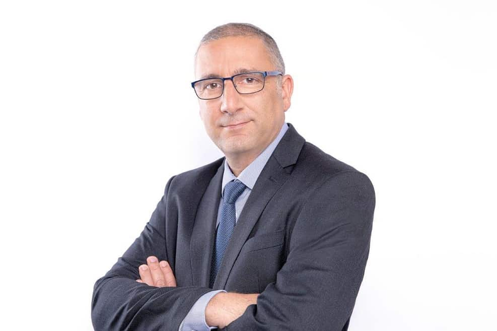 יגאל אהרוני // ענבל מרמרי