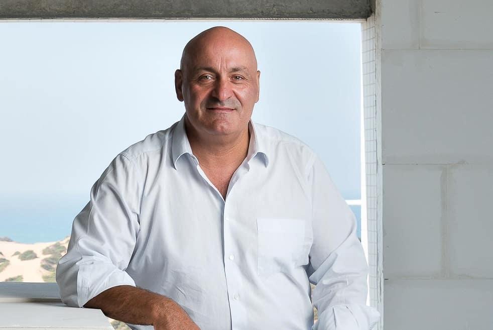 יוסי אברהמי // יונתן בלום