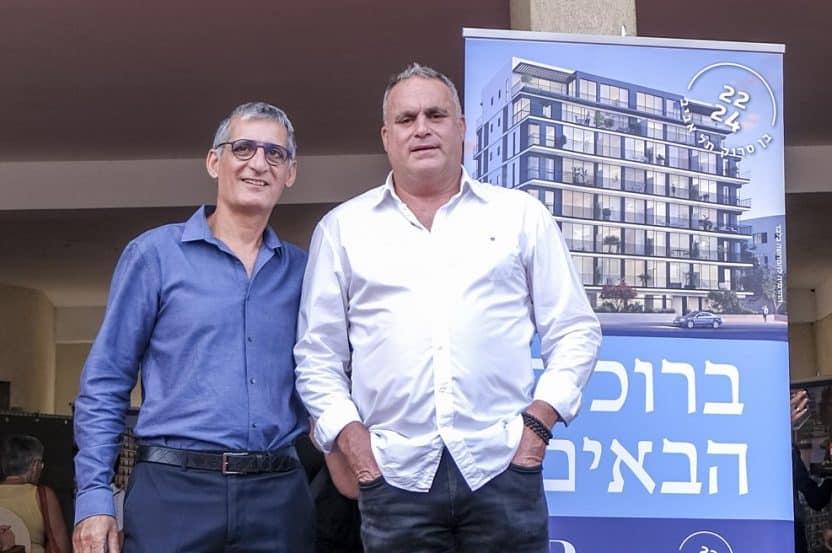 """יובל רוזיו ועו""""ד אבי ארד // צילום: אורן אלון"""