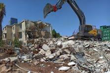 הריסת המבנים // סן חן