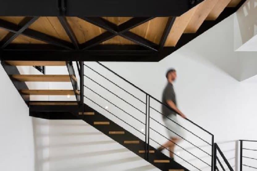 מדרגות  \\ רגב כלף