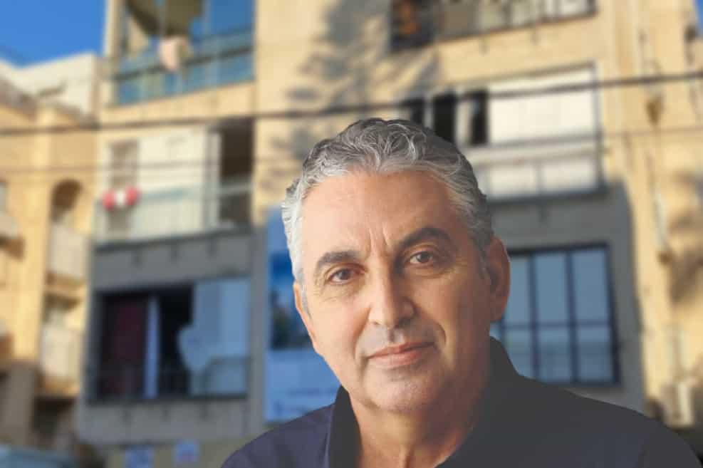 חיים ברוידא // ראובן קפוצי'נסקי | הבניין ברחוב הגליל // דוברות העירייה